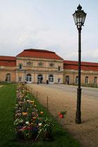 Eingang zur Großen Orangerie Schloss Charlottenburg. Foto: Helga Karl