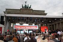 SPD-Abschlussveranstaltung Bundestagswahl 2009 vor dem Brandenburger Tor. Foto: Helga Karl