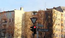 Mietshäuser in Friedenau am Friedrich-Wilhelm-Platz. Foto: Helga Karl
