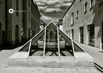 Glaspyramide (Oberlicht einer Tiefgarage in Füssen)