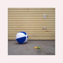 W-Ball im Hinterhof