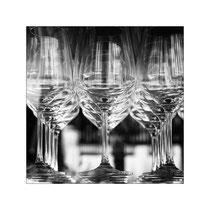 Schwebende Gläser