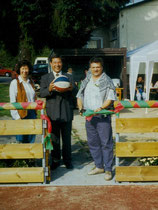 Bau und Einweihung Kleinspielfeld 1995