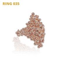 "Ring aus der Serie Good Girl | 925 Sterlingsilber rosévergoldet | *handmade  <br><a href=""https://www.caroertl.com/shop/ringe/ring-035/"" target=""_blank"" p style=""color:#d5a93e""> zum SHOP ...</a>"