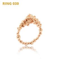 "Ring aus der Serie Good Girl | 925 Sterlingsilber rosévergoldet | *handmade  <br><a href=""https://www.caroertl.com/shop/ringe/ring-030/"" target=""_blank"" p style=""color:#d5a93e""> zum SHOP ...</a>"