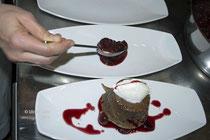 ... das Dessert wird angerichtet