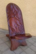 Silla de madera pequeña