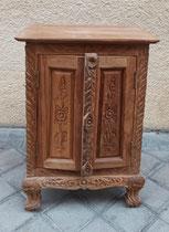 Mesilla tailandesa de madera. 39x28x64 alto