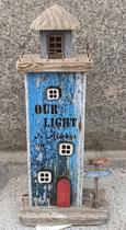 Faro de madera con luz. Ref 13094. 34 centímetros alto.