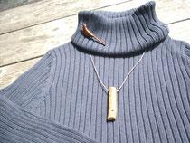 ヒヨドリ笛とエナガのブローチ