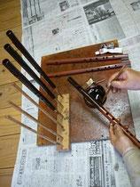 オリジナル横笛CG管黒呂色漆塗り作業