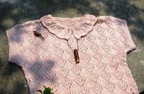 オナガの木のブローチとヒヨドリ笛のペンダント