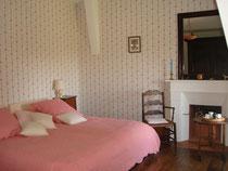 La chambre de tante Madeleine chambre dhotes de charme au Masbareau en Limousin proximité Saint-Léonard-de-Noblat, Limoges, Haute-Vienne, Nouvelle-Aquitaine