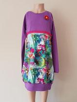 Voor: Dassen, jurkje van tricot. Artikelcode 122/128-018. Prijs 32,95 excl. verzendkosten.