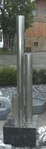 3 Säulenbrunnen auf Granitunterbau