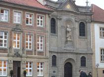 Gebäudefassaden in der Kernstadt