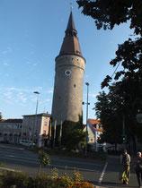 Falterturm, markant durch die schiefe Turmspitze (hier im Turm, befindet sich das vom Fasnachtsmuseum)