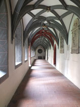 Kreuzgang Basilika St. Vitrus