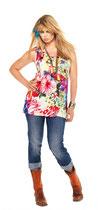 Fröhliches Jeans- und Blümchen-Outfit von Aprico