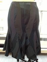 羽織から作ったエスカルゴスカート