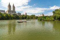 """Die Zwillingstürme """"San Remo"""" vom Central Park aus gesehen."""