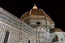 Die gewaltige Kuppel der Kirche ist das Werk von Filippo Brunelleschi.