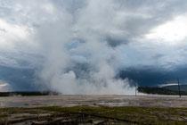 Grand Prismatic Spring kurz nach dem Gewitter