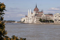 Parlamentsgebäude (ungarisch: Országház)