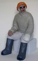 vor dem Aufstieg1, 2004,  Gips, Baumwolle, Draht, Acrylfarbe, 68 x 34 x 37 cm