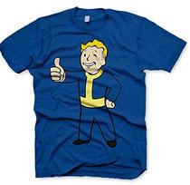 Als Geschenk für Gamer kommt ein T-Shirt auch immer gut an.