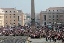 Place St Pierre - Rome - Mars 2012 © Anik COUBLE