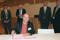 """Signature de  """"La déclaration de Lyon"""" - Lyon - 0ctobre 2011  © Anik COUBLE"""
