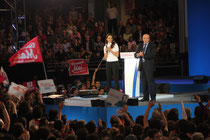 Aurélie FILIPPETTI et Gérard COLLOMB - Meeting François HOLLANDE - Lyon - Mars 2012 - Photo © Anik COUBLE