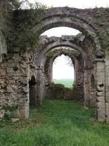 Eglise en ruine de Champlieu