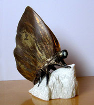 Le papillon, sculpture en stéatite. Prix: 200 euros, transport non compris.