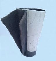 "SAS_14-25 ""Todes ENGEL"" , Keramik, Rakubrand ( h = 38 cm d = 19-31 cm )"