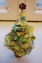 Ich glaube, dieser Baum wurde mit Korken und einem Schaschlikspieß gemacht. Auch eine gute Idee!