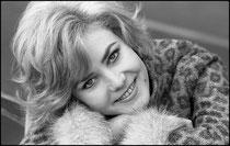 Michèle Torr, chanteuse, 1965
