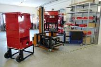 Einblick in die Werkstätten, hier neue Maschinengehäuse.