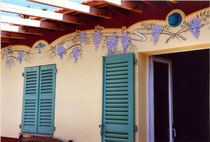 Frise sur façade cap d'Antibes
