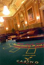 Dorure à la feuille d'or fin, salle des Amériques, Casino de Monte Carlo