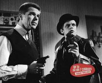 Erscheinungsjahr und deutsche EA: 1962: Die Tür mit den sieben Schlössern, Regie: Alfred Vohrer, Hauptdarsteller: Heinz Drache