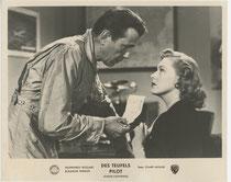 Des Teufels Pilot (Chain Lightning). Erscheinungsjahr: 1950 / Deutsche EA: 1950. Darsteller: Humphrey Bogart, Eleanor Parker
