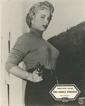 Drei dunkle Strassen (Down Three Dark Streets). Erscheinungsjahr: 1954 / Deutsche EA: 1955. Darsteller: Broderick Crawford, Ruth Roman