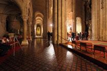 Stift Heiligenkreuz - 17.November 2014_083 - Die Abteikirche wurde in zwei Etappen erbaut.