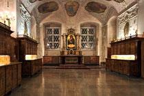 Stift Heiligenkreuz - 17.November 2014_073 Die Sakristei stammt aus dem 17. Jahrhundert.