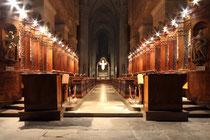 Stift Heiligenkreuz - 17.November 2014_087 - Ihre Architektur ist typisch für die strenge und nüchterne Romanik der Zisterzienser, die keine überflüssige Verzierung duldet.