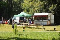 NK_Stadtpark_2013-09-07_033 - Betriebe bei den letzten Vorbereitungen.