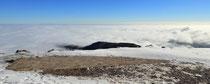 Schneeberg - 25.Oktober 2014_011 - auch vor uns ein Berg über den Wolken...
