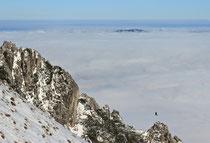 Schneeberg - 25.Oktober 2014_010 - ...in weiter Ferne noch ein steirischer Berg über den Woöken